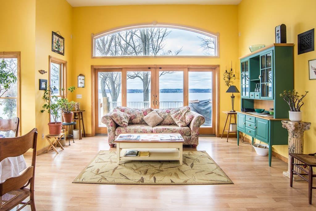 Great Room Lake View
