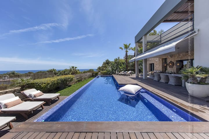 State of Art Villa near Pacha Lio Port 5m to IBIZA