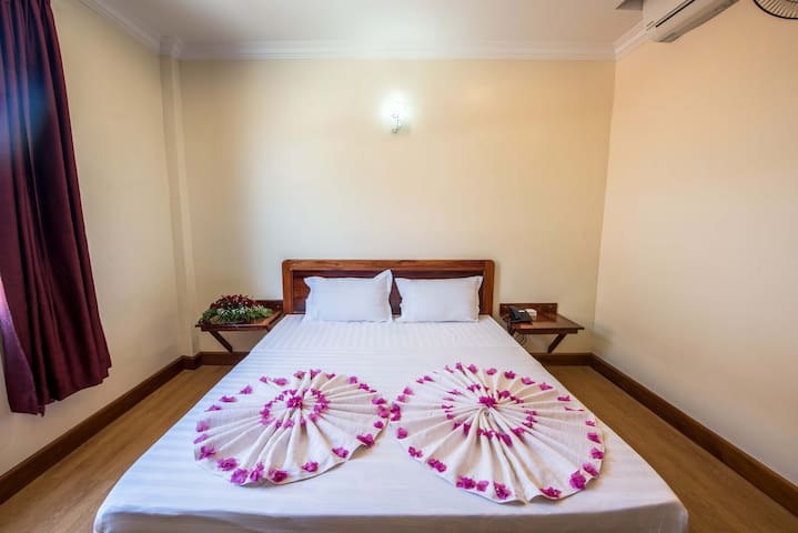 Standard Double Room City View - Krong Battambang - Pousada