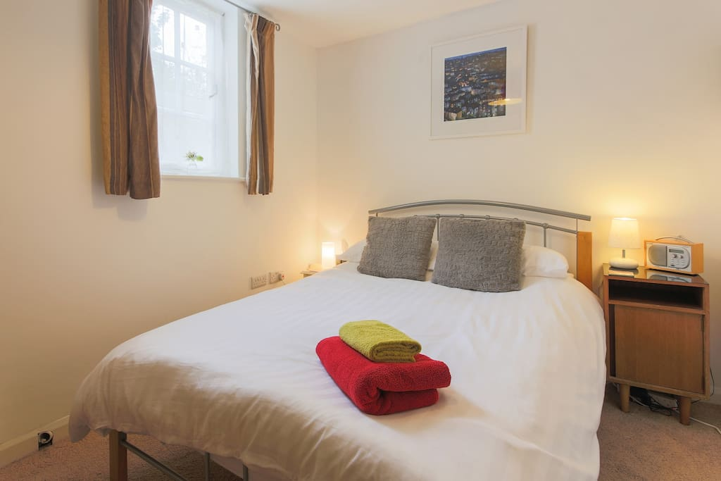 Cosy and comfy room with your own private access