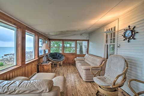 NEW! Lovely Lakefront Cottage w/ Patio & Sunroom