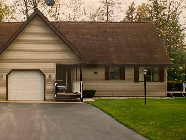 Clink's Cabin-family friendly, cozy 4 season home!