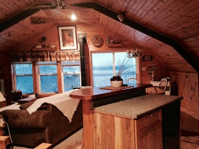 The Country Loft - Viroqua - Kabin
