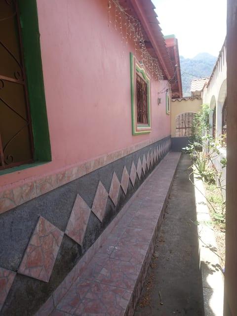 Casa para compartir con familia Honduras