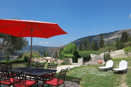 Epanochori mountain view