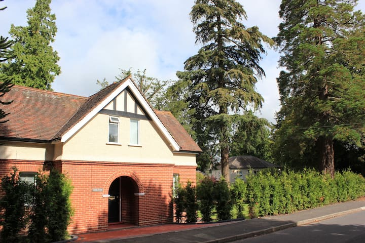 Perfectly Located Quiet Cottage in Tunbridge Wells