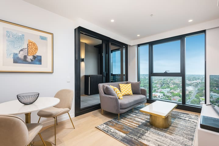 Skyone Box Hill - 1 Bedroom Apartment