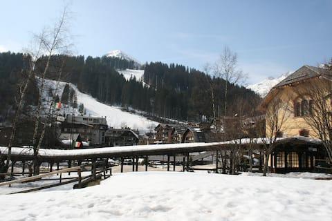 Центр города, катание на лыжах до гаража ...