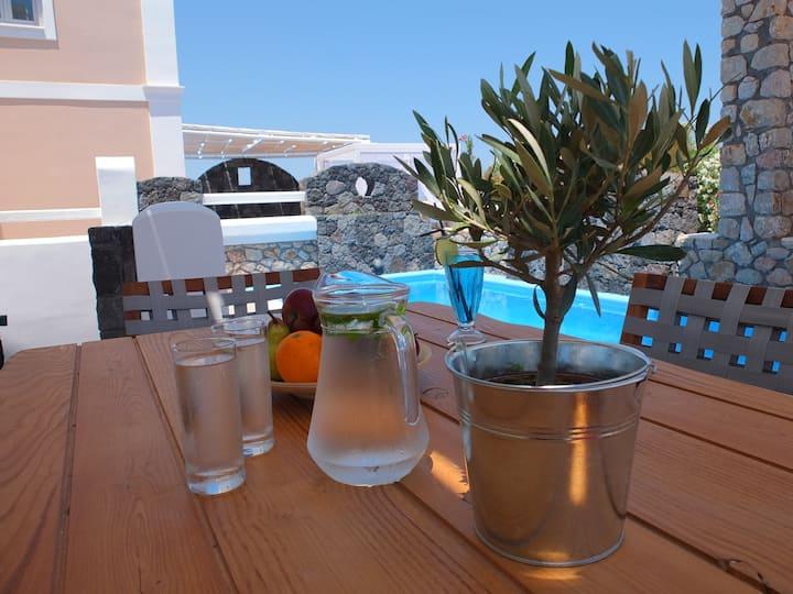 Thirasia Villa-Secret Earth Santorini