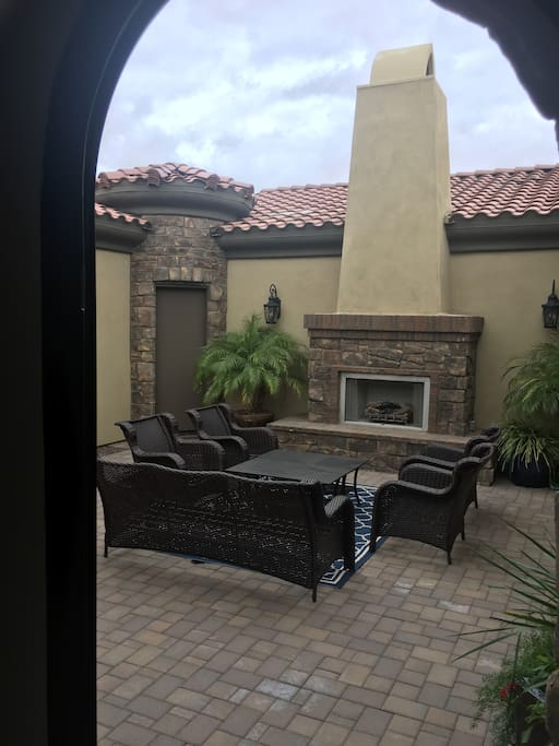 Enjoy this beautiful courtyard with a gas fireplace and the galaxy of stars.