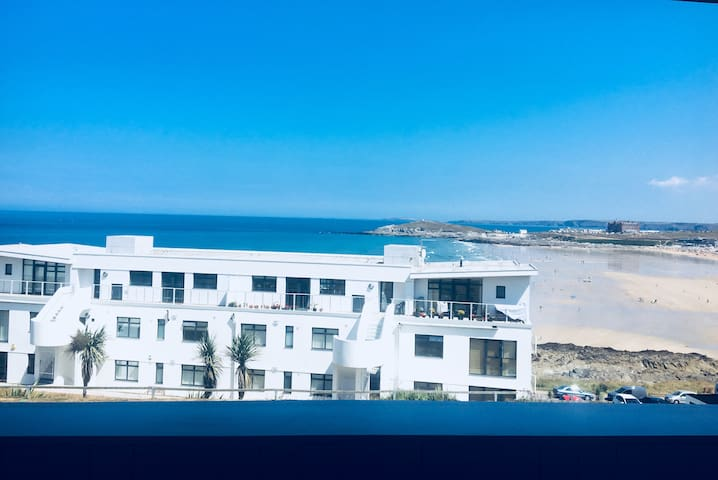FISTRAL BAY VIEW  Perfect for Sea Views & Chilling