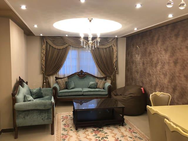 Luxury family apartment by Pharos University