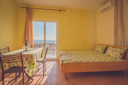Studio with Sea View Dabovic - Stari Bar