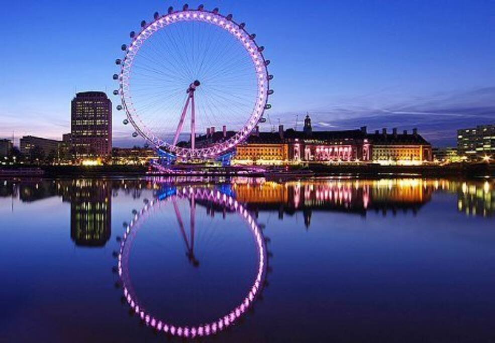 The London Eye and BIG BEN are only a 10-15 minute walk from our front door.