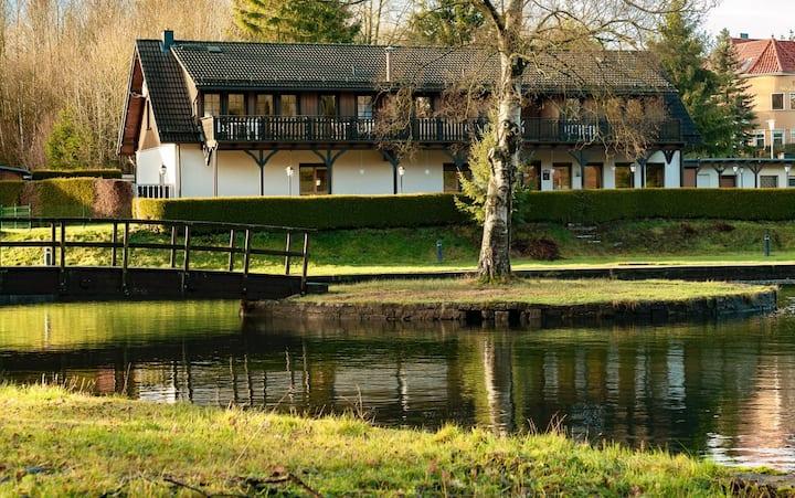 Gemütliches neues Doppelzimmer direkt am Waldsee