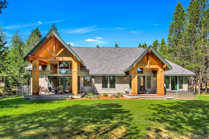 Secluded Riverfront Oasis with Hot Tub & 2 Decks