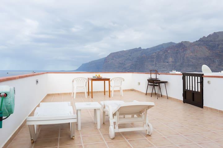 Best Studio Apartment in Tenerife + Super Terrace! - Santiago del Teide - Departamento