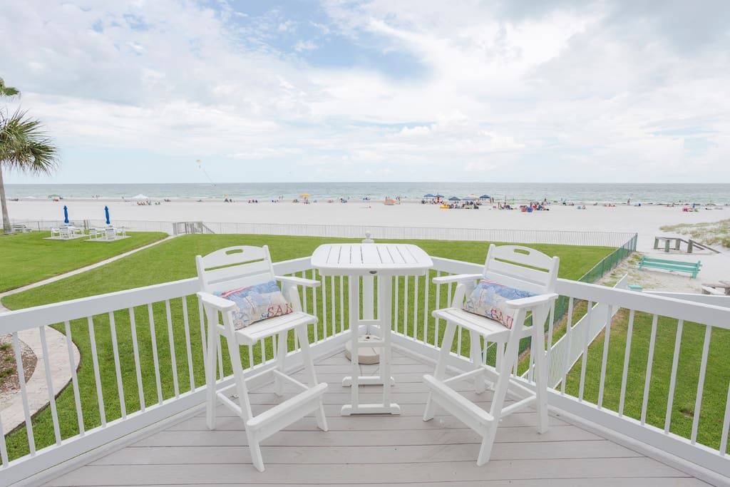 Views from the 360-degree wraparound balcony are 2nd to NONE!