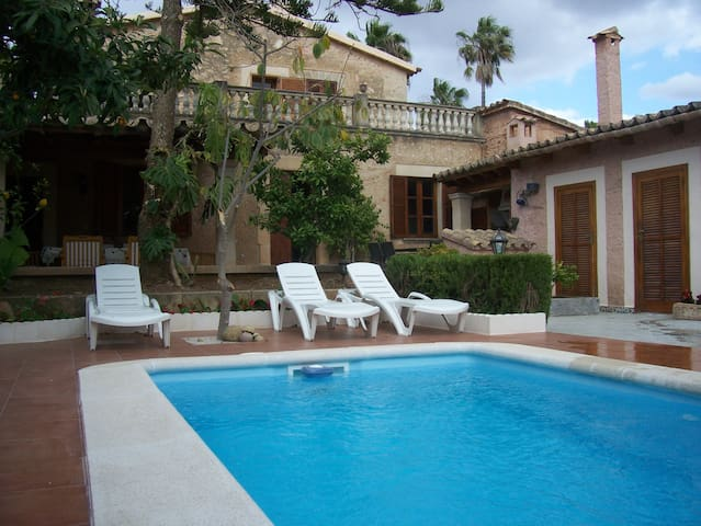 Big house with garden and barbecue - Palma de Maiorca