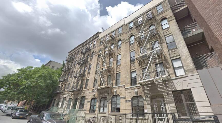 Apartment on Central Park (One month minimum)