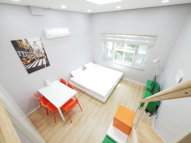 [Renovated Flat] DongDaeMun Fantasy Loft