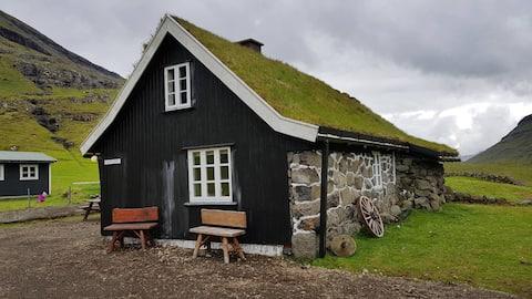 Huis met panoramisch uitzicht op Saksun.