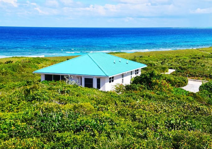 Dragon Cay Resort - Seawings Villa