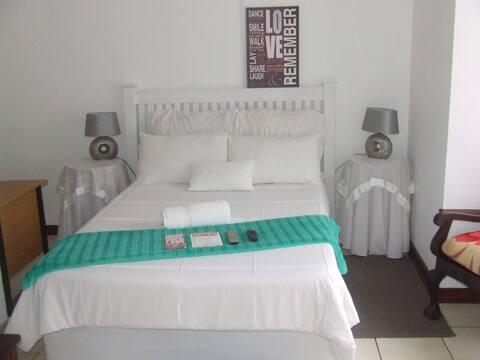 Eshowe Loeries Bed And Breakfast