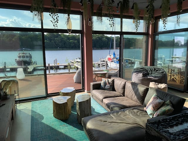 Luxury Industrial Loft directly at beautiful lake