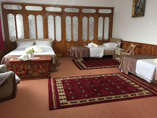Bio Lodge