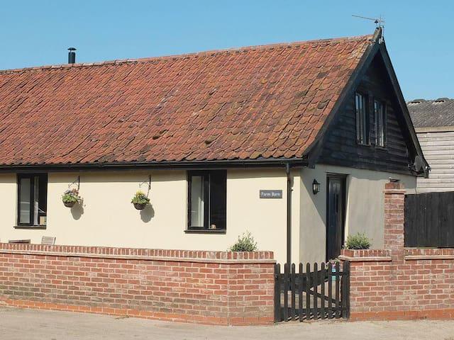 Oakleigh Grange Farm Barn