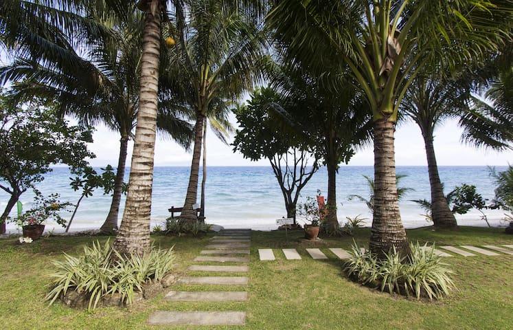 Beach House: Room 1 - Limasawa - Hus