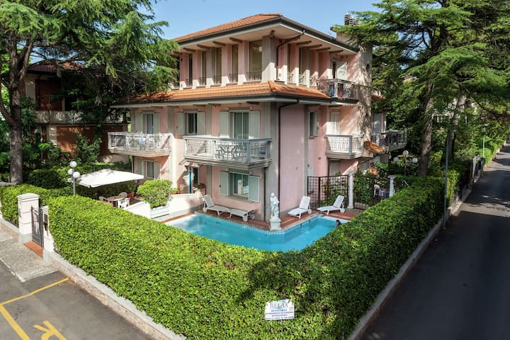 Chic Apartment in Riccione with Swimming Pool