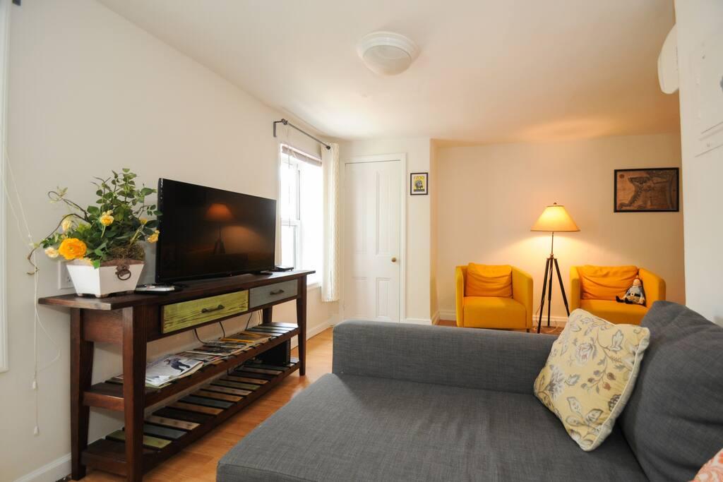 Historic 2 Bedroom Walk In History Sleeps 8 Apartments