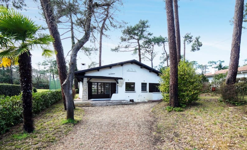 Nice and pretty typical house of Bassin d'Arcachon for 6 people