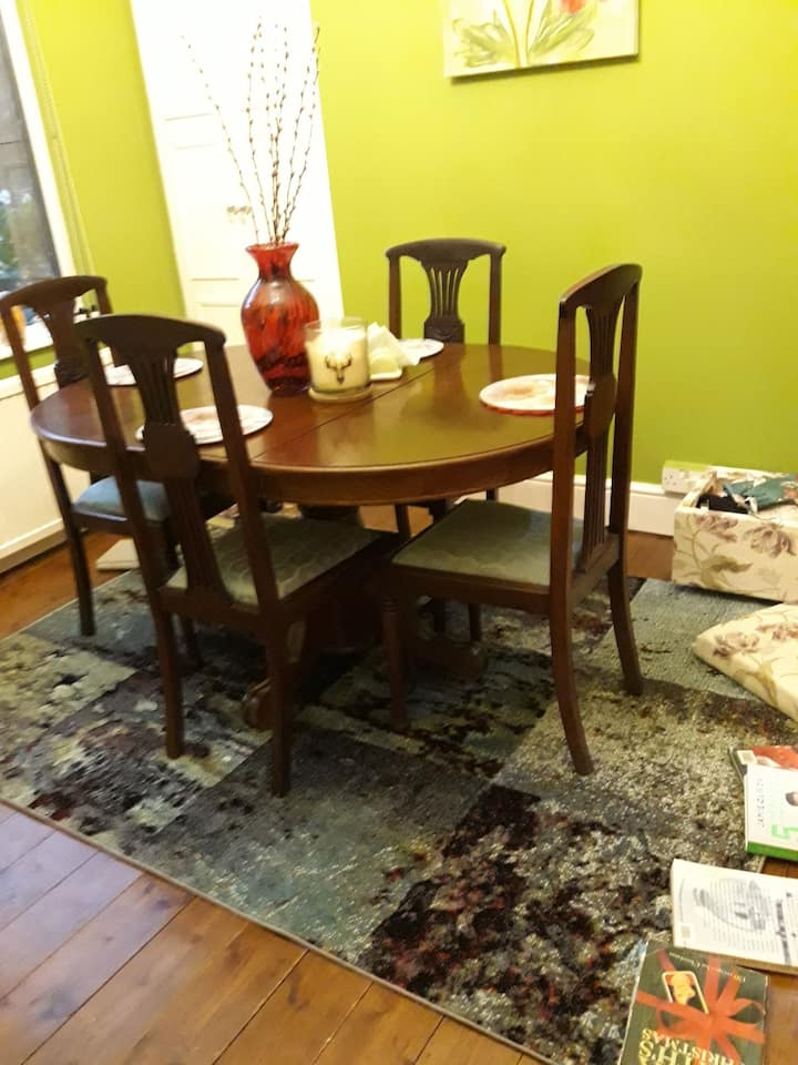 Single room converts to db/twin in beautiful home