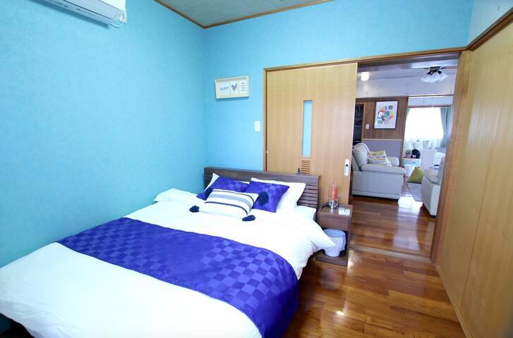 寝室 ダブルベッド×1  Bed room Double bed×1