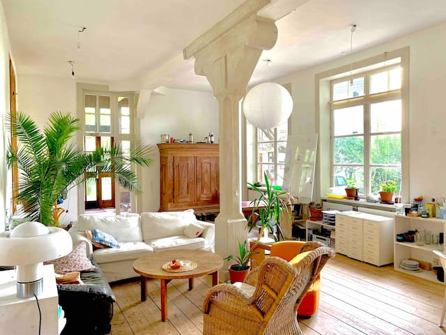 'Villa Kunterbunt'