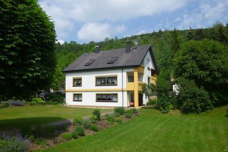 Im Herzen der Fränkischen Schweiz - Heiligenstadt i.OFr. - Pis