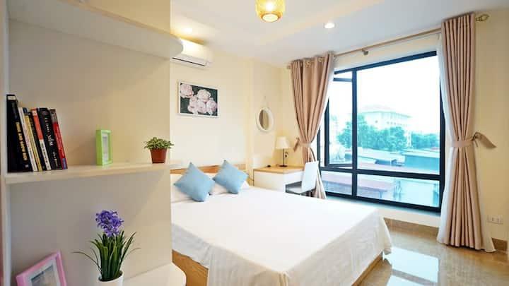 City view apartment 2BR near lake in Ha Noi center