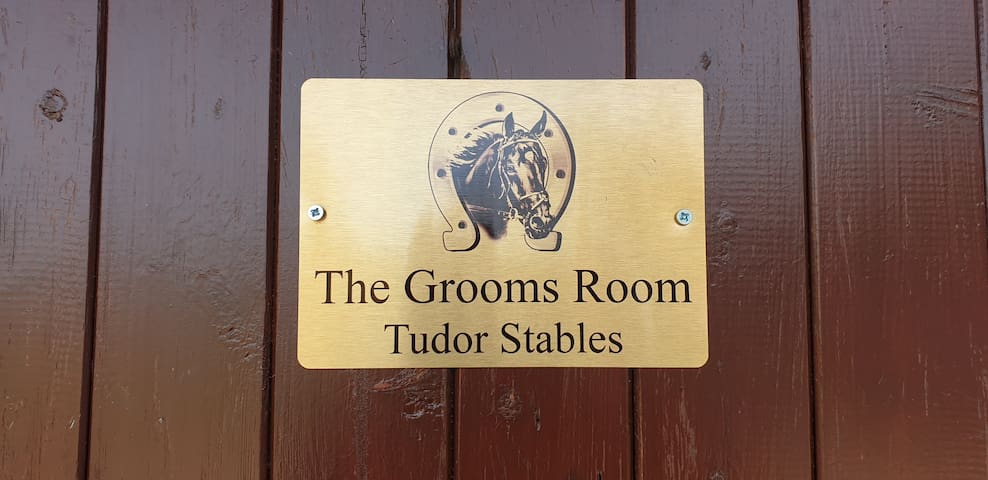 The groomsroom