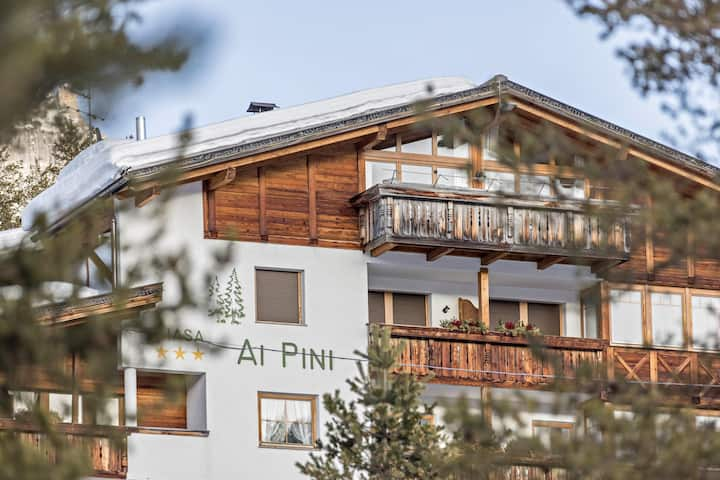 "Cozy Studio Apartment ""Ciasa ai Pini 211"" near Ski Lifts with Mountain View, Wi-Fi, Balcony, Garden & Sauna; Parking Available"