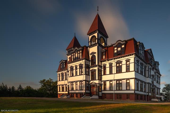 Historic Lunenburg Academy