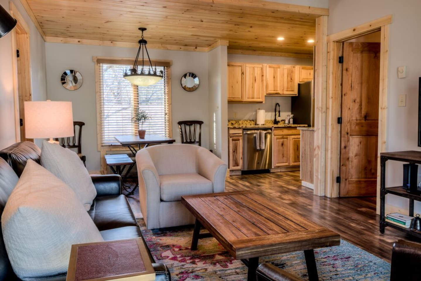 FULLY RENOVATED CONDO!  Rustic yet modern decor, all NEW furniture, rugs, paint and fixtures.  Fully stocked with luxurious linens, soaps and shampoos. Relax: You're in Blowing Rock Bliss!