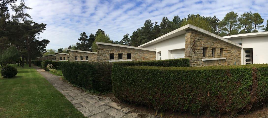 Petite maison face au golf