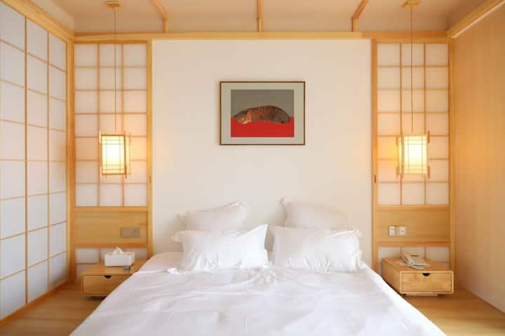 江畔民宿-茶里。日式 榻榻米 和服拍照 一线江景房