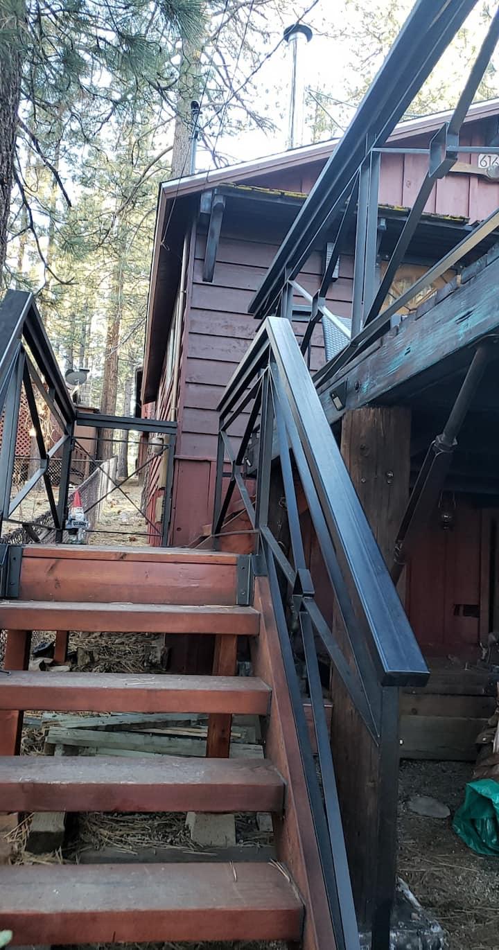 Romantic and modern rustic cabin in Big Bear