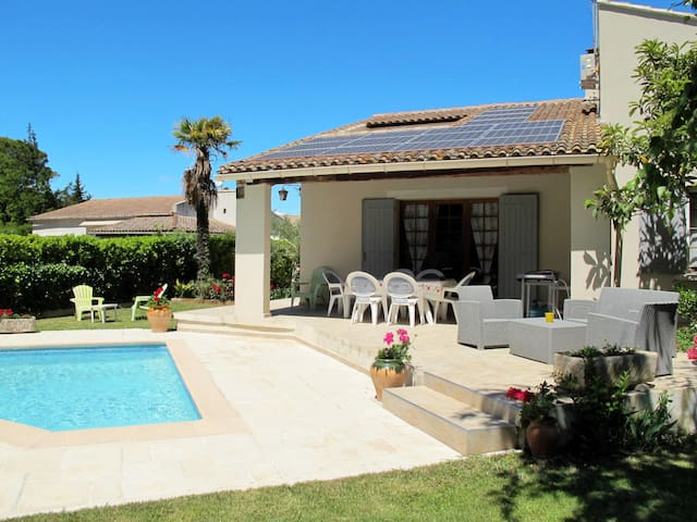 Holiday home in L'Isle sur la Sorgue for 8 persons