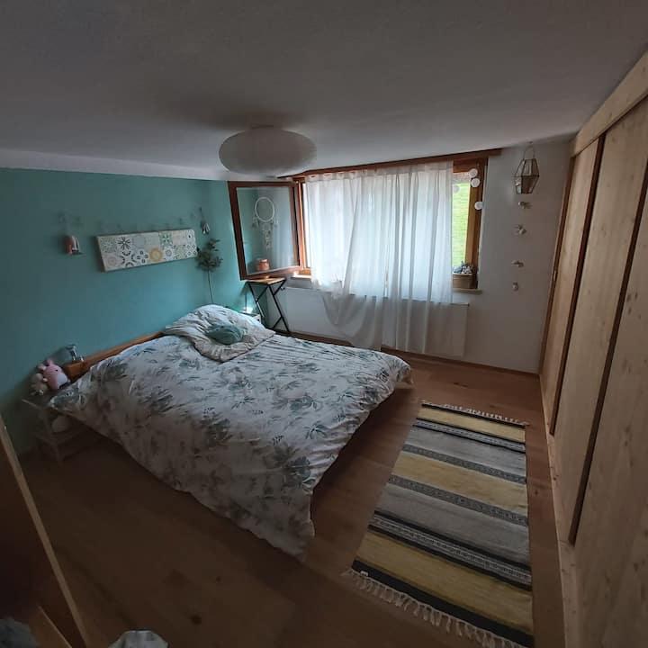 Joli logement entier au centre d'un petit village