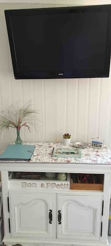 Flat screen tv and guest book
